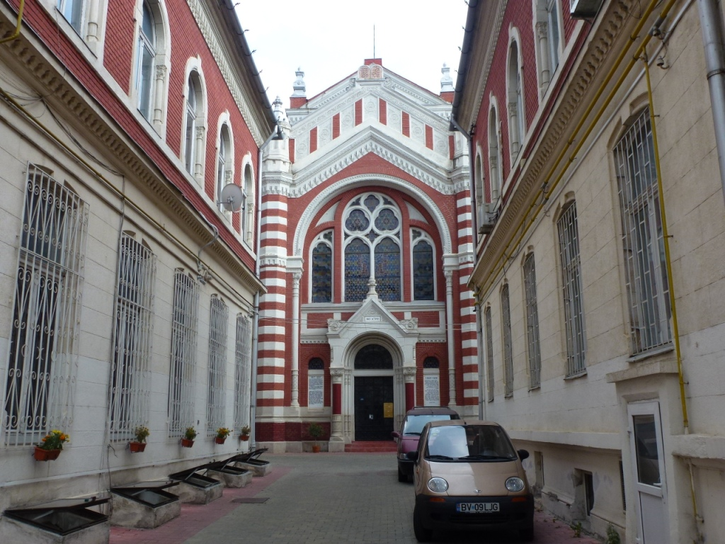 Romania: Brasov's functioning synagogue