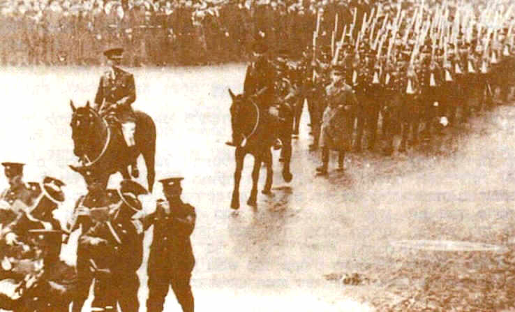 Colonel Patterson leading the Jewish Legion on parade in the Whitechapel Road