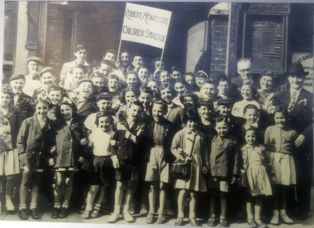 The Robert Montefiore Children's Synagogue was part of Great Garden Street.  This photo is from the 1950s